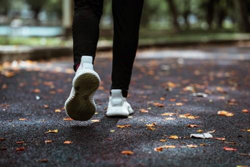 Intip, 7 Manfaat Rutin Berjalan Kaki Selama 30 Menit Sehari